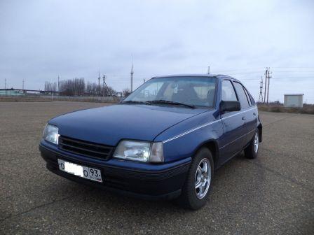 Opel Kadett 1989 - отзыв владельца