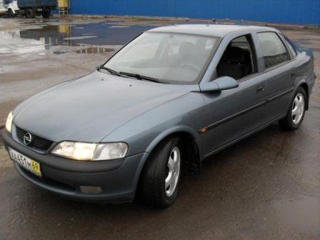 Opel Vectra 1998 - отзыв владельца