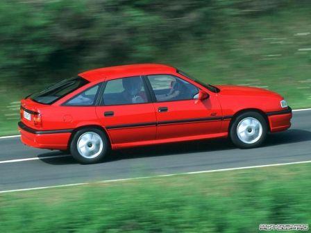Opel Vectra 1992 - отзыв владельца