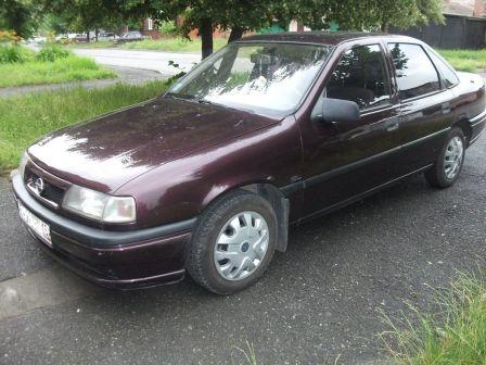 Opel Vectra 1993 - отзыв владельца
