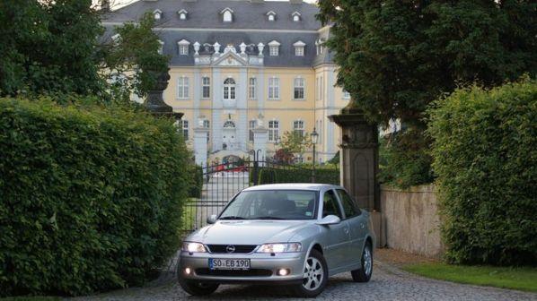 Opel Vectra 2001 - отзыв владельца