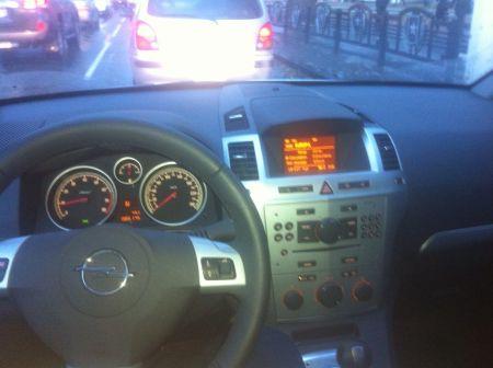 Opel Zafira 2012 - отзыв владельца