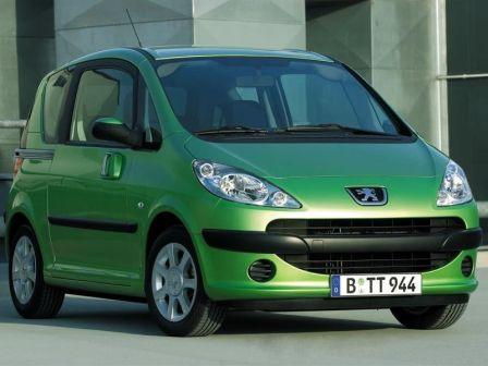 Peugeot 1007 2007 - отзыв владельца