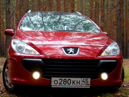Peugeot 307 2007 - отзыв владельца