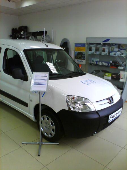 Peugeot Partner Origin 2011 - отзыв владельца