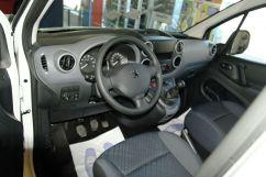 Peugeot Partner Tepee, 2011