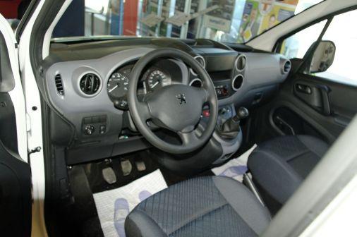 Peugeot Partner Tepee 2011 - отзыв владельца