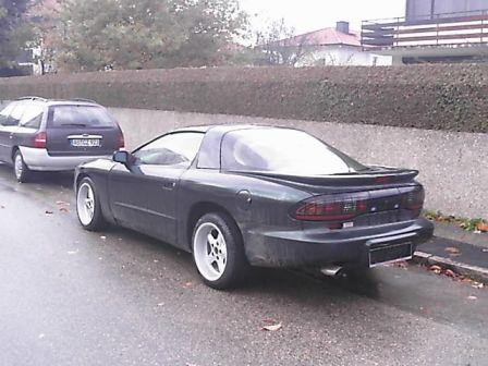 Pontiac Firebird 1993 - отзыв владельца