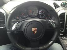 Porsche Cayenne, 2011