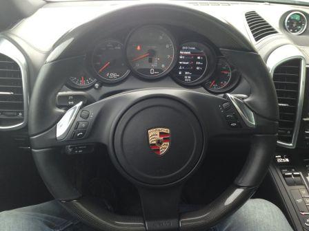Porsche Cayenne 2011 - отзыв владельца