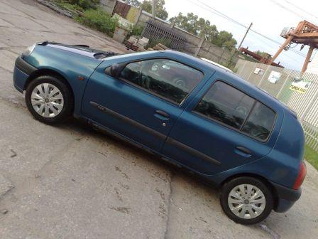 Renault Clio 2000 - отзыв владельца