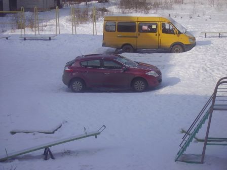 Renault Megane 2011 - отзыв владельца