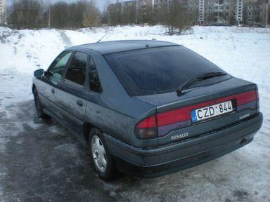 Renault Safrane, 1993