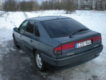 Renault Safrane 1993 - отзыв владельца