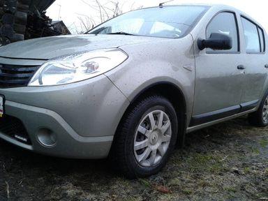 Renault Sandero, 2013