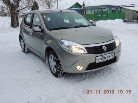 Renault Sandero  - отзыв владельца
