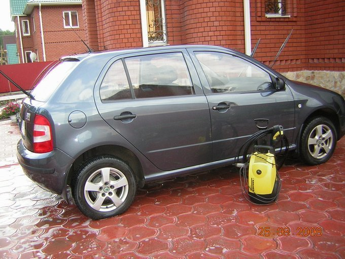 skoda fabia 2006 1,6 бензин автомат
