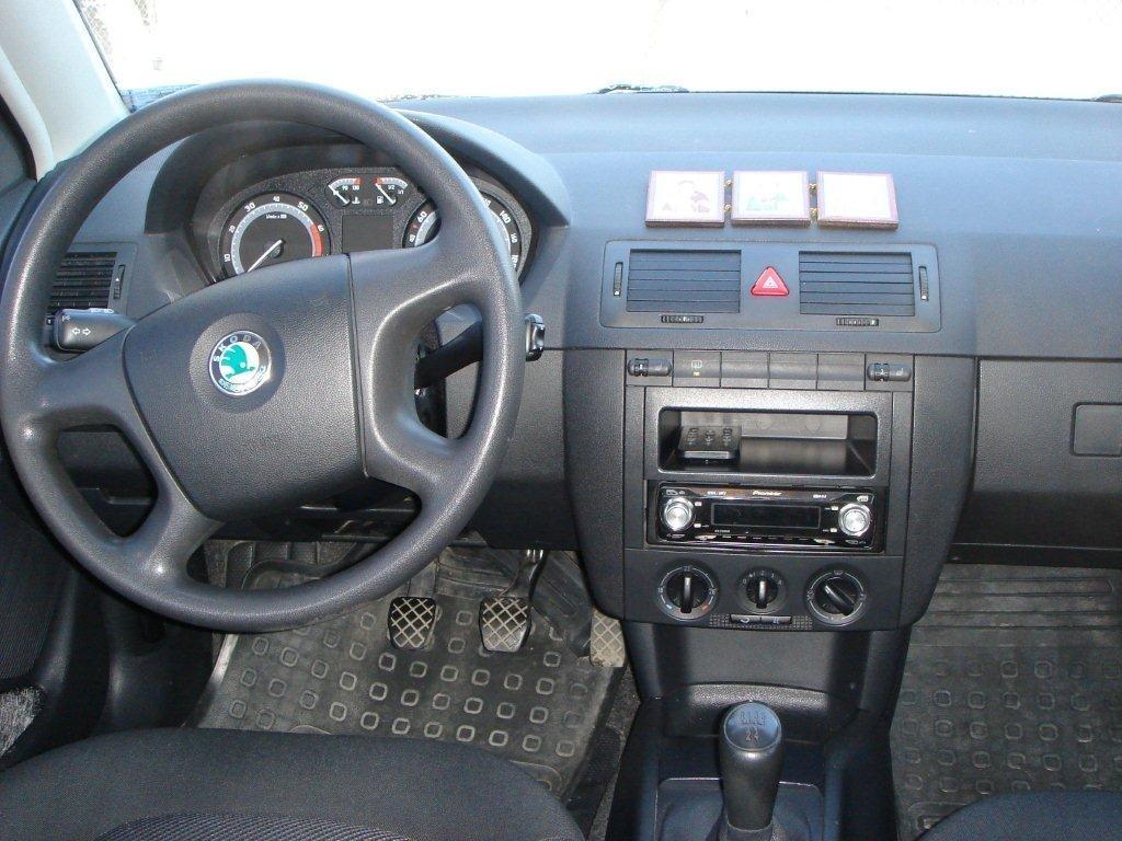 skoda fabia 2006 1.2 комплектация