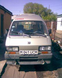 Subaru Libero, 1990