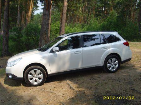Subaru Outback 2011 - отзыв владельца