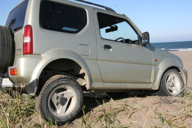 Suzuki Jimny Wide 1998 отзыв автора | Дата публикации 18.04.2010.