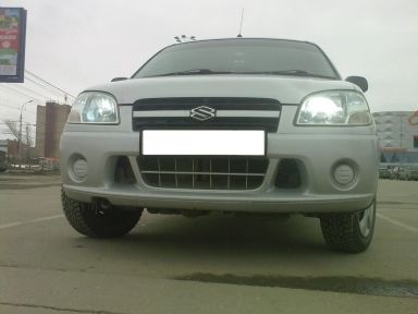 Suzuki Swift, 2004