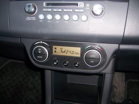Suzuki Swift 2004 - отзыв владельца