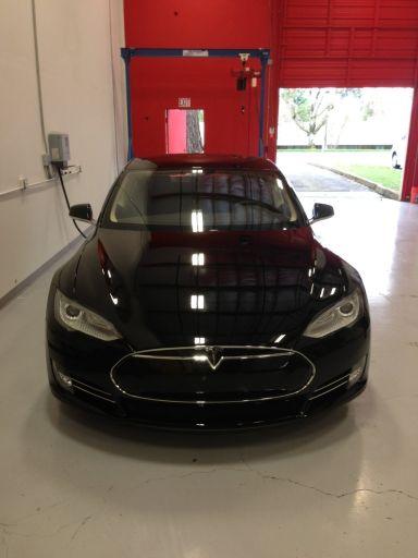 Tesla Model S 2013 отзыв автора | Дата публикации 11.04.2013.