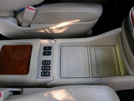 Toyota Alphard 2002 - отзыв владельца