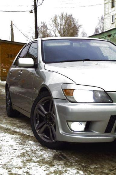 Toyota Altezza, 2002