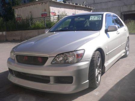 Toyota Altezza 2001 - отзыв владельца
