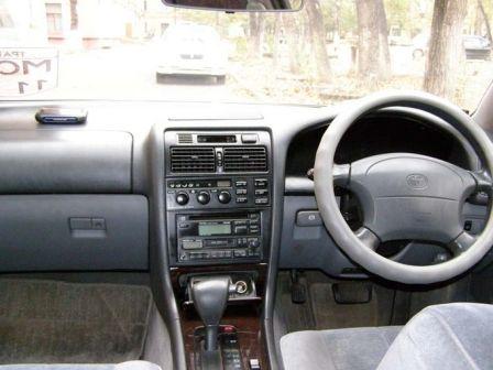 Toyota Aristo 1995 - отзыв владельца
