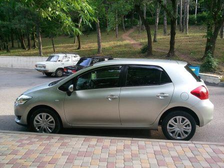 Toyota Auris  - отзыв владельца
