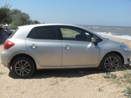 Toyota Auris 2009 - отзыв владельца
