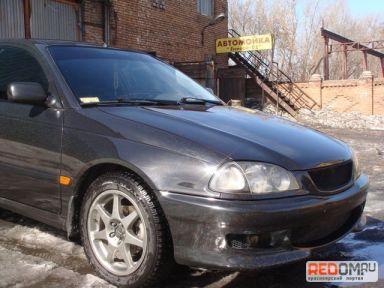 Toyota Avensis, 1998