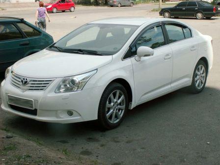 Toyota Avensis 2011 - отзыв владельца