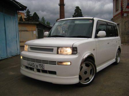 Toyota bB 2004 - отзыв владельца