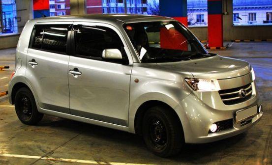 Toyota bB 2006 - отзыв владельца