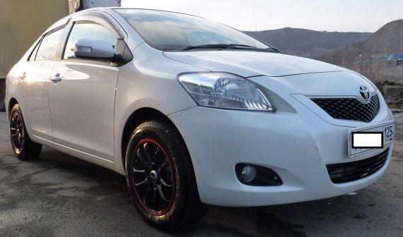 Toyota Belta 2011 - отзыв владельца
