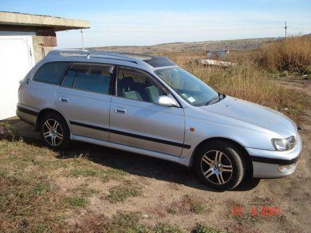 Toyota Caldina 1996 - отзыв владельца