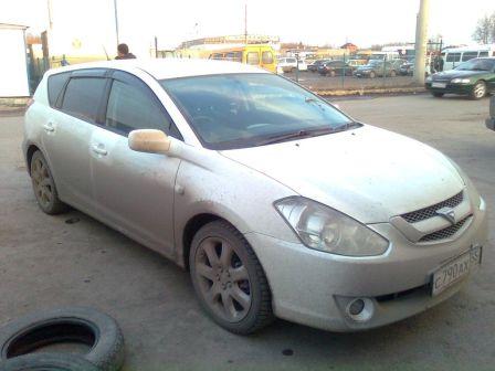 Toyota Caldina 2004 - отзыв владельца