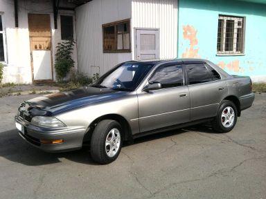 Toyota Camry, 1991