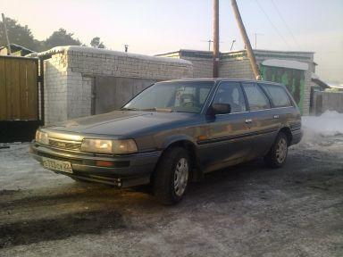 Toyota Camry, 1987
