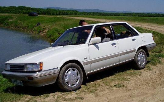 Toyota Camry 1985 - отзыв владельца