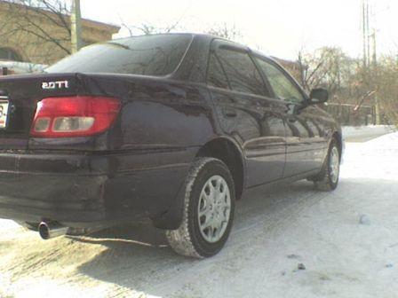 Toyota Carina 2001 - отзыв владельца