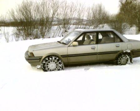 Toyota Carina 1987 - отзыв владельца