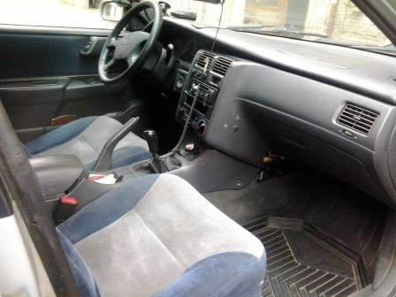 Toyota Carina E 1997 - отзыв владельца