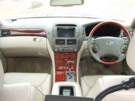 Toyota Celsior 2002 - отзыв владельца