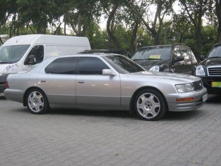 Toyota Celsior 1995 - отзыв владельца