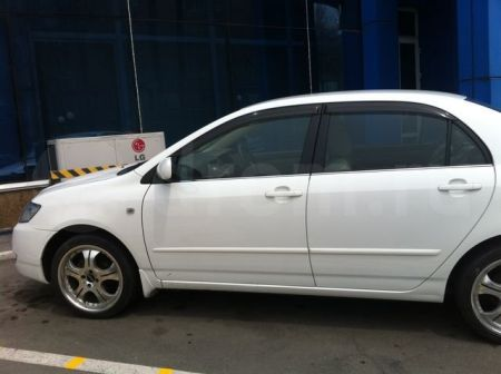 Toyota Corolla 2004 - отзыв владельца